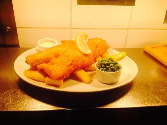 The Royal Oak: Fish and Chips!
