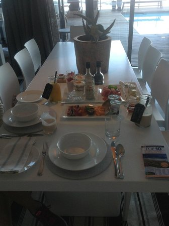 Cape View Clifton: Our breakfast spread
