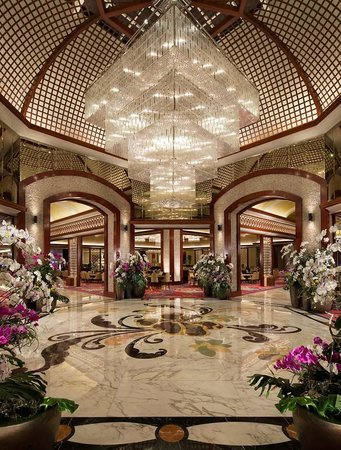 Solaire Resorts and Casino: Gaming Area
