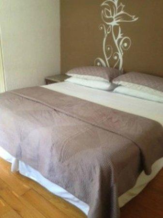 Tao Bed & Breakfast: Orchid Room