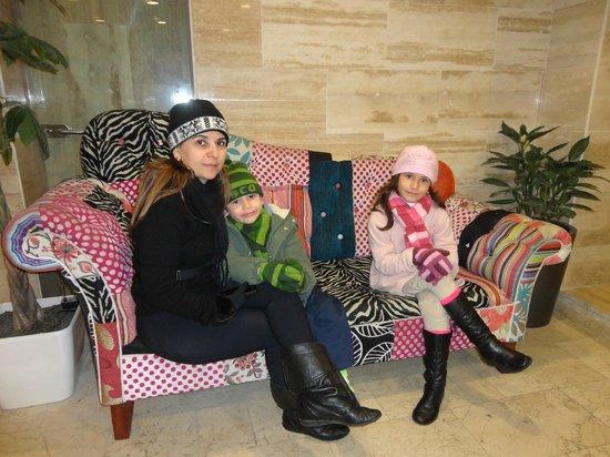Hotel Panamericano : No hall do hotel esperando van para o Vale Nevado