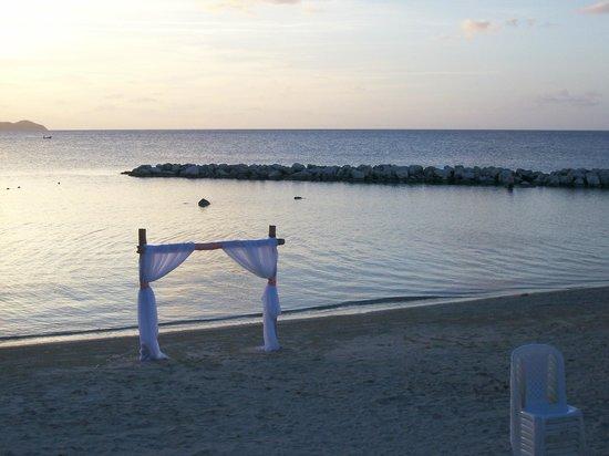 Sunscape Splash Montego Bay : Beach