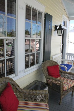Tropical Inn : Front balcony-windows to Gypsy Mermaid room.