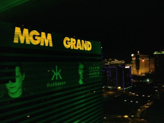 MGM Grand Hotel and Casino: MGM Grand 28th floor at night