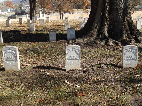Chattanooga National Cemetery: View of Union Soldiers graves