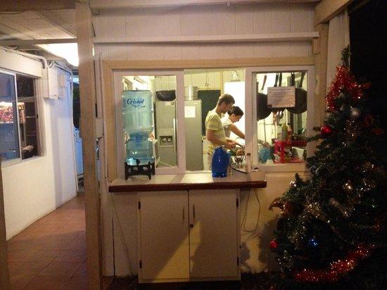 Hotel M&M Beach House: La cocina