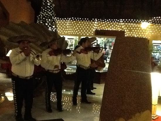 Iberostar Cozumel : mariacci band!
