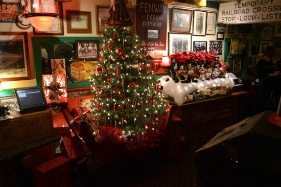 May Kelly's Cottage Restaurant and Pub : Beautiful  Decorations