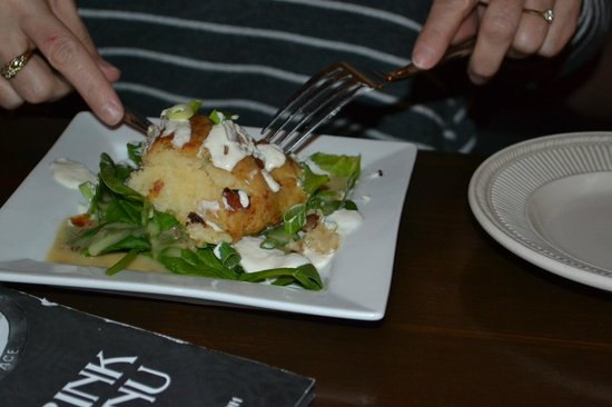 May Kelly's Cottage Restaurant and Pub : Potato Cake