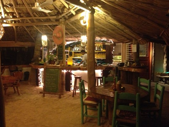 Holbox Hotel Mawimbi: Charming, but Server is not very amiable.