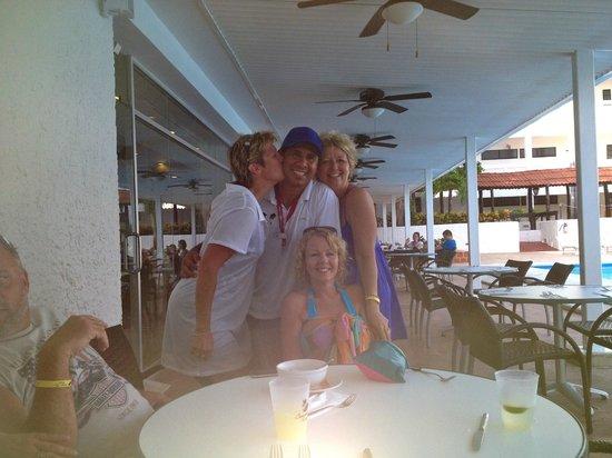 Cancun Bay Resort: We love Eric!