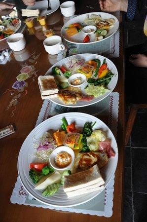 Puli Anilique: Breakfast (provided)