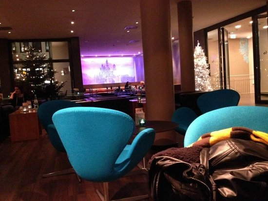 Motel One Muenchen-Sendl. Tor: Lounge area