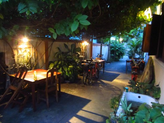 Manichan Guesthouse: Chillout area