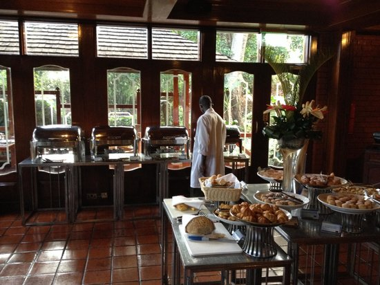 Sarova Panafric: Buffet colazione
