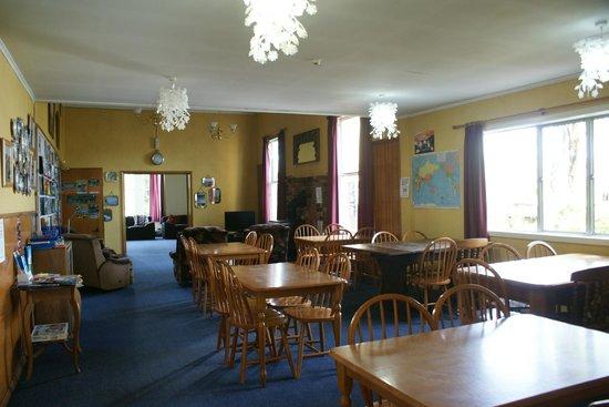 TripInn Hostel, YHA Westport: dining room