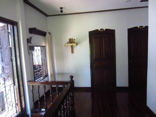 Pakam Guest House : Corridor