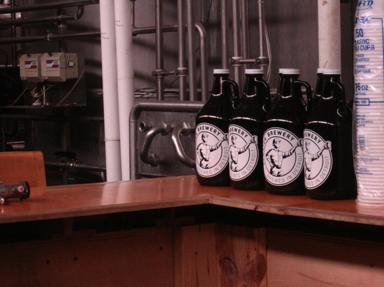 Atwater Block Brewery: Growlers