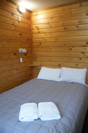 Altamont Lodge: double bed