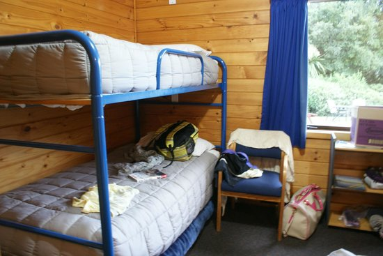Altamont Lodge: double room with bunks