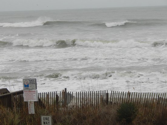 """Holden Beach: Another """"angry ocean"""" shot!!  11-28-13"""