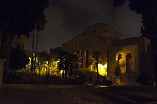 Jerusalem International YMCA, Three Arches Hotel: The YMCA auditorium
