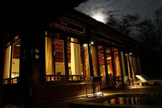 Full Moon Village: Full Moon Villa