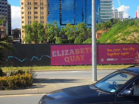 Swan River: Elizabeth Quay waterfront construction