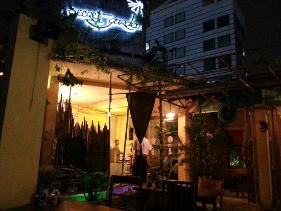 Secret Garden Home-cooked Vietnamese Restaurant: Lovely ambience