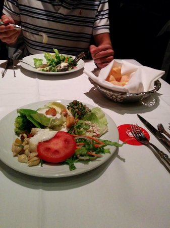 Fogo de Chao Brazilian Steakhouse: The salad was nice