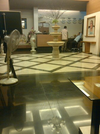 Navsari, India: Hotel reception