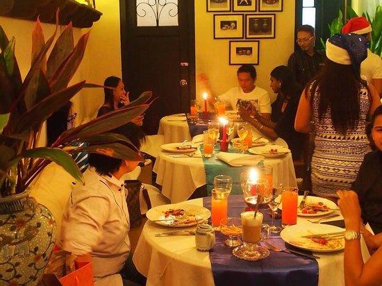 Noor & Dean's Kafe: Christmas dinner