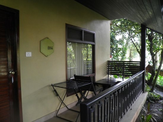 Club Mahindra Thekkady: Nice comfortable time having tea outside..