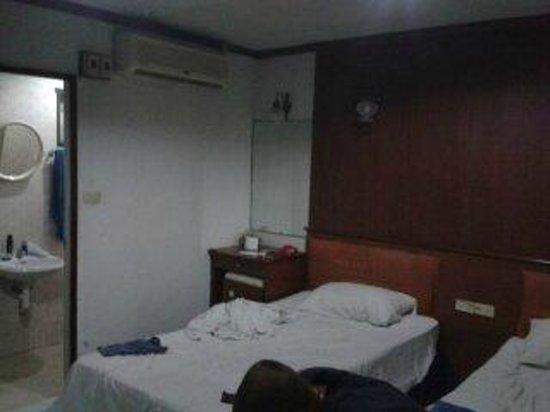 Kaew Kong Mansion: Doppelzimer
