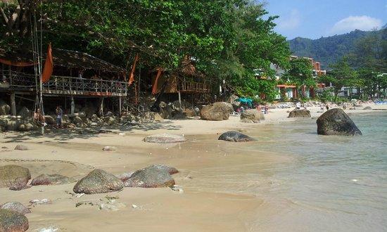Novotel Phuket Kamala Beach : Beach in front of hotel