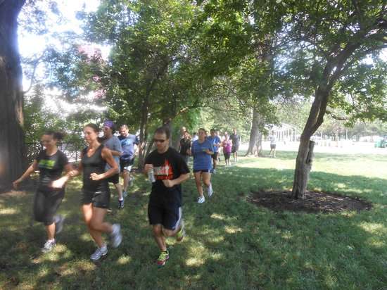 ‪Chicago Running Tours & More‬