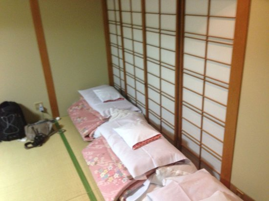 Ryokan Heianbo: Futons were really soft!