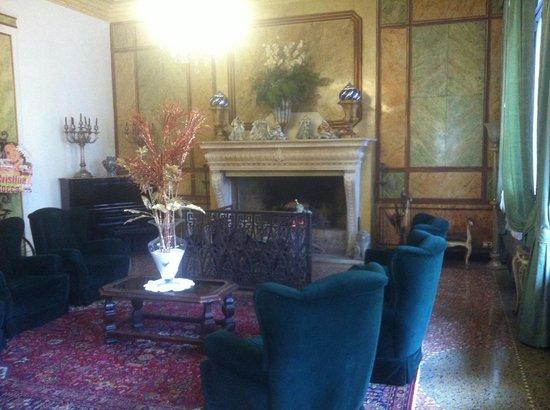 Villa Ducale Hotel e Restaurant: Sala