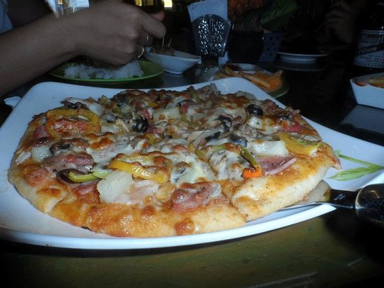 Mayas Native Garden : Great Pizza from a great cook