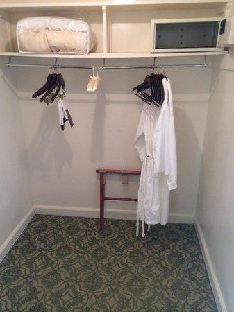 Omni Shoreham Hotel: un-naturally large (possibly haunted) closet