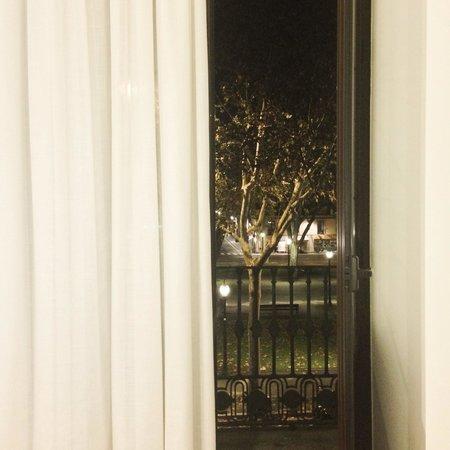 Som Nit Born : Vistas habitación exterior
