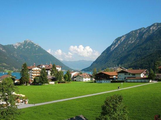 Ferienhaus Unger : View from an apartment during summer