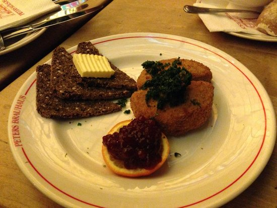 Peters Brauhaus: Deep Fried Camembert