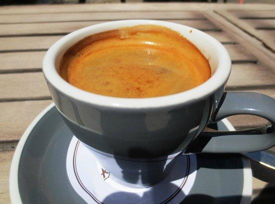 Melbourne Cafe: Allpress long black coffee