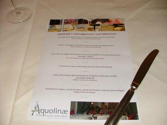 Aquolinae Restaurant Drink & Lab Photo