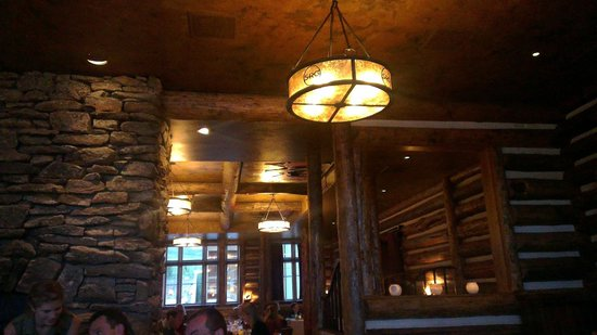 Snake River Grill: Ambiance....