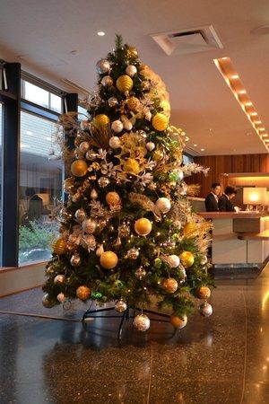 Hakodate Kokusai Hotel: Christmas Tree at Lobby