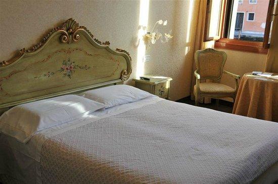 Hotel Continental Venice : room 109