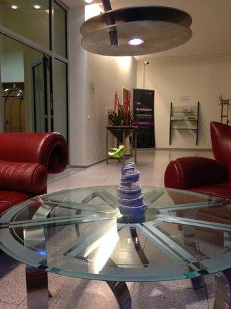 Select Hotel Berlin Ostbahnhof: Innside Premium Hotels Berlin - lobby