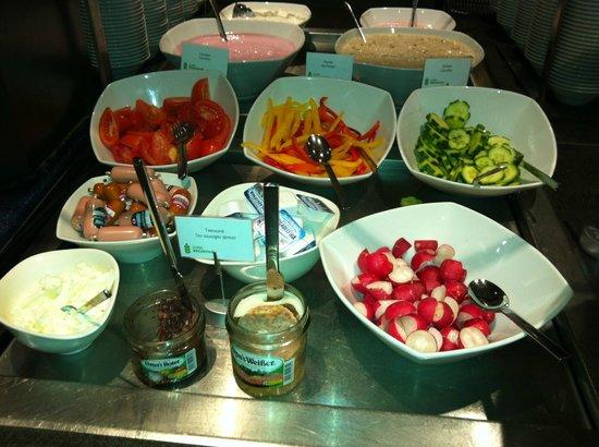 Radisson Blu Hotel Cologne: Breakfast